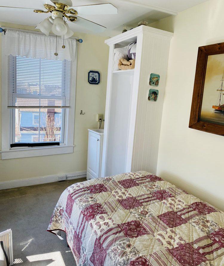 room 12 photo