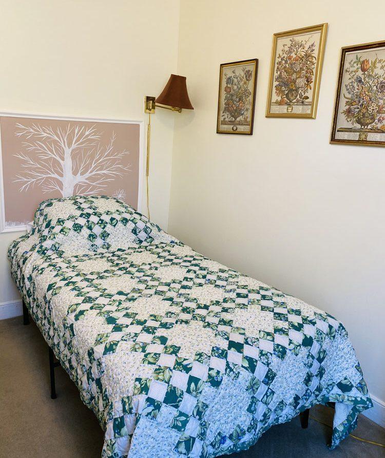 room 5 photo